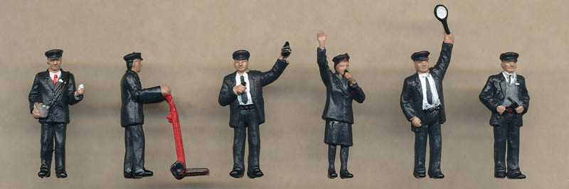 Bachmann Station Staff figures