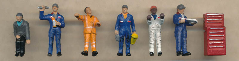 Bachmann Traction Maintenance Depot Workers figures